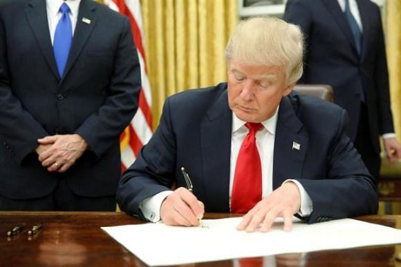 Estados Unidos: Trump prohíbe financiar abortos en el Exterior