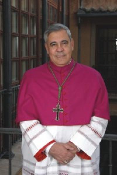 Granada: Fiscalia archiva en firme denuncia del Observatorio LGBT contra Arzobispo de Granada (España)