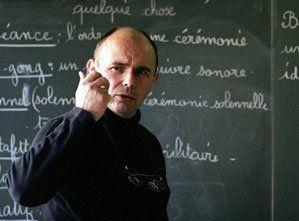 """El """"Yo acuso"""" de un maestro francés al Mayo del 68, por la decadencia de la escuela"""