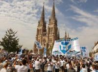 Fieles de todo el país reafirmaron en Luján su compromiso con la vida